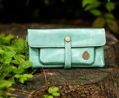 Portemonnaie Geldbeutel Brieftasche mint von Fleur Noire-Schmuckdesign by Polarkind auf DaWanda.com für 18,90 €