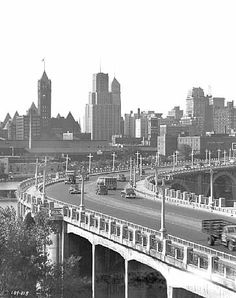 Downtown Minneapolis and 3rd Ave. bridge. 1949.