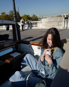Sit in vintage Rolls Royce around Paris. Thai Princess, My Princess, Celebrity Outfits, Celebrity Couples, Thai Fashion, Fashion Cover, Cute Girl Face, Thai Model, Beauty Portrait