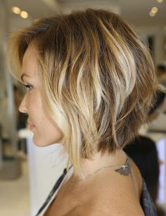 side view inverted layered bob
