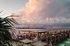 First Timer's Guide to the Florida Keys - Janna on a Jaunt Key Largo Fl, Stock Island, Key West Sunset, Beach Cafe, Florida Keys, Fort Lauderdale, Plan Your Trip, Old Town, State Parks