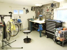 Our bicycle workshop in Oppegård prepared for the season :)