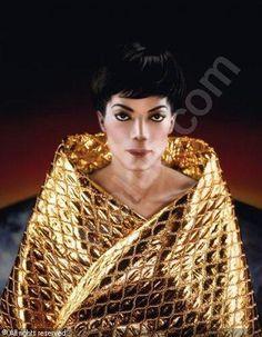 "Arno Bani, Michael Jackson ""A la cape d'or brodée"", photoshoot 1999"