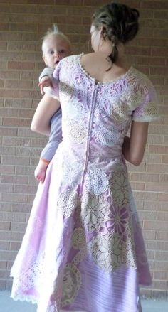 Feather's Flights {a creative, sewing blog}: Doily Dress