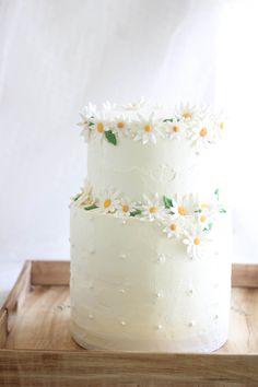 Saupoudrer Bakes: Gâteau au chocolat de célébration pour les 100