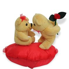 Valentine Kiss Day is a special occasion for lover when they kiss to each other. Make this day extra ordinary by send a unique gift to your lover. Find the Valentine kiss day special gifts at FNP. http://www.fnp.com/valentine/valentine_kiss%20_day.html