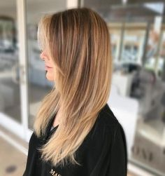 trendy haircut for long hair with layers straight hairstyles – Hair Styles Medium Hair Cuts, Long Hair Cuts, Medium Hair Styles, Short Hair Styles, Haircut Medium, Long Shag Haircut, Haircuts For Long Hair With Bangs, Hairstyles With Bangs, Long Shag Hairstyles