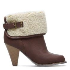 Alisse - These look so warm great for cold weather. by dania92