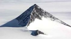 Mysterious pyramids found in Antarctica : Google Earth images of Antarctica have revealed what look like pyramids – prompting conspiracy theorists to suggest they were created by anything from lost civilisations to aliens. The 'snow pyramids' have the internet abuzz with the idea there was an ancient human civilisation that once lived in Antarctica. Three …