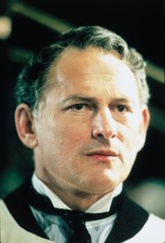 "Victor Garber as Thomas Andrews - ""Alias"" with Jennifer Garner"