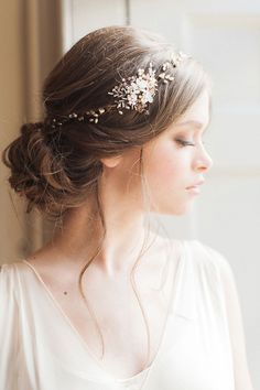 Hair Accessories: Donna Crain - Flourish and Fragile Inspiration Shoot by The Wedding Stylist (Styling) + Emma Pilkington (Photography) - via Grey likes weddings (Model: Linda at The Squad)
