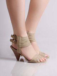 RESTRICTED FEATHER STRAPPY DOUBLE BUCKLE HEEL
