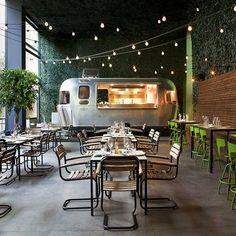 (A través de CASA REINAL) >>>>  Food Truck #caravan #restaurant #Athens