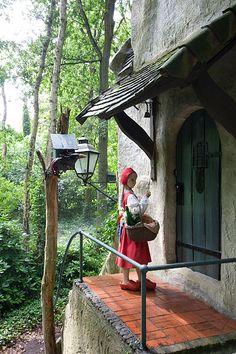 Little Red Riding Hood Efteling