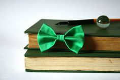 Bright Green Handmade Fabric Bow by aneniine on Etsy