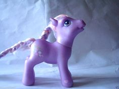 2005 G3 My Little Pony MLP - WYSTERIA - flowers, purple, white, pink (Item: 596) #Hasbro