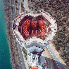 PERI S.A.U. España, Proyectos, Encofrados, Andamios, Sistemas - Viaducto de autopista, Millau, Francia. Impresionante vista superior durante la construcción.