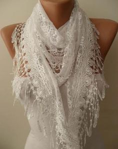 White Shawl Laced Fabric and Lace Trim Edge