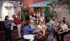 Pat O'Brien's transports you to New Orleans Mardi Gras. They've got dueling pianos, a gorgeous patio dining area, and the best Hurricane (the drink not the force of nature) in town.