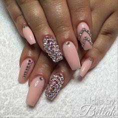 Stephanie, naturella mjölkrosa med regnbågs swarovski  #nails #by #me #gelnails #gelénaglar #nailart #naildesign #dopenails #OPI #nailsbybellah Swarovski Nails, Coffin Nails, Opi, Claws, Nailart, Nail Designs, Hair Beauty, Makeup, Pretty