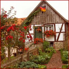 For the look of fairytale charm, its hard to beat a classic cottage garden. Learn how to plant your own cottage style garden in our complete online garden style guide. Cozy Cottage, Cottage Living, Cozy House, Cottage Style, Cottage Pie, Cottage Cheese, Cottage Kitchens, Cottage Homes, Cottage Gardens
