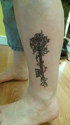 And this is my tattoo, the Key of Willingness meets The Tree of Life. Key Tattoos, Foot Tattoos, Life Tattoos, I Tattoo, Sleeve Tattoos, Tattoo Crown, Garter Tattoos, Rosary Tattoos, Bracelet Tattoos