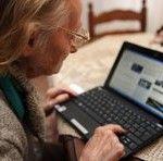 Nonno usa il pc!