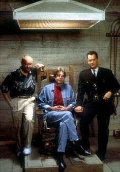 Frank Darabont, Stephen King, and Tom Hanks on the set of The Green Mile