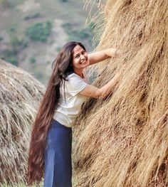 Instagram Permed Hairstyles, Down Hairstyles, Pentecostal Hairstyles, Long Indian Hair, Long Hair Play, Really Long Hair, Rapunzel Hair, Long Brown Hair, Princess Hairstyles