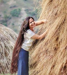 Instagram Pentecostal Hairstyles, Long Indian Hair, Long Hair Play, Really Long Hair, Rapunzel Hair, Long Brown Hair, Princess Hairstyles, Playing With Hair, Beautiful Long Hair