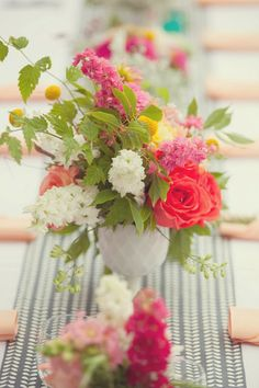 Flowers by platinum floral designs. Styling and planning by blue lily event planning