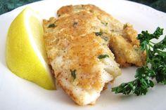 Een echt heerlijk koolhydraatarm en eiwitreik visgerecht, tilapia met een korstje van gemalen amandelen.