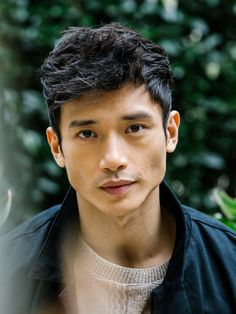 Manny Jacinto, Actor: The Good Place. Manny Jacinto is an actor, known for The Good Place Top Gun: Maverick and Bad Times at the El Royale Poses, Manny Jacinto, Beautiful Men, Beautiful People, Male Character, Face Study, Human Reference, Design Reference, Too Faced