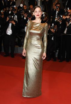 Marion Cotillard wearing Christian Dior at the 'Mal de Pierres' Cannes Film Festival Premiere. 05/15/16