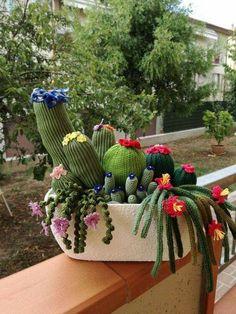 Maison de poupées miniature en pot Poinsettia NLP