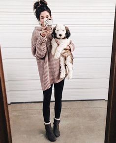 30 Easy Thanksgiving Outfit Ideas by Wearing Legging and Boots - Wass Sell Legging Outfits, Nike Outfits, Black Leggings Outfit, How To Wear Leggings, Sweaters And Leggings, Tops For Leggings, Sporty Outfits, Leggings Fashion, Cheap Leggings