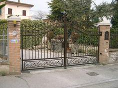 Cancelli in ferro battuto – Edilizia Luminoso Driveway Gate, Fence, Iron Gates, Gate Design, Camping, Outdoor Decor, Home Decor, Wrought Iron Gates, Doors