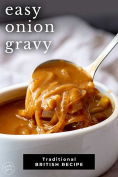 This Easy Onion Gravy is so quick and easy to make - perfect for so many meals! Learn how to make this classic British gravy from scratch! Brown Onion Gravy Recipe, Quick Gravy Recipe, Pork Gravy Recipe, Butter Gravy Recipe, Roast Gravy, Pork Chops And Gravy, Pork Roast, Beef Recipes, Vegetarian Recipes