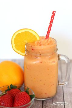 Healthy Smoothies 30 Super Healthy Smoothie Recipes - Easy smoothie Recipe - Karluci - Need some quick and easy but healthy ideas for breakfast or post workout meals? Try this 30 Healthy Smoothie recipes. Easy Healthy Smoothie Recipes, Easy Smoothies, Fruit Smoothies, Healthy Drinks, Protein Recipes, Breakfast Smoothies, Superfood Smoothies, Morning Smoothies, Healthy Lunches