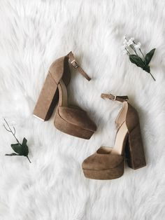Evita Taupe Heels