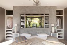 Cement walls in the master bedroom. Villa in Portugal, Cascais
