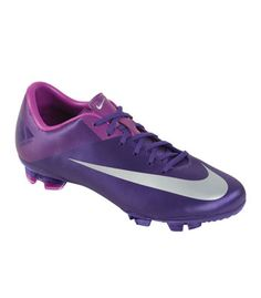 Ooh I love these purple cleats!