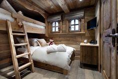 Chalet Le Petit Chateau Courchevel second bunk room