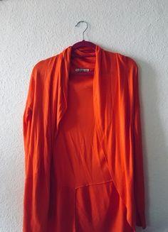 Kup mój przedmiot na #vintedpl http://www.vinted.pl/damska-odziez/kardigany/21099052-pomaranczowa-narzutka-bershka