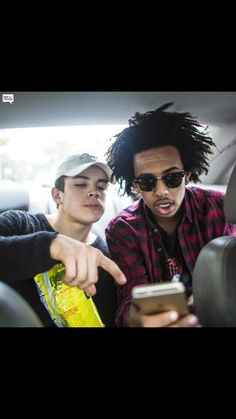 Hayes and Tez