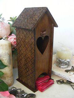 giovana / Vintage domček na čaj ... How To Make Tea, Decoupage, Bird, Outdoor Decor, Handmade, Home Decor, Hand Made, Decoration Home, Room Decor