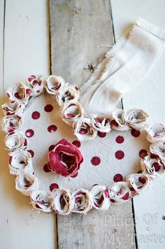 Drop Cloth Rosette Valentine Wreath @placeofmytaste.com(12)