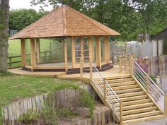 Railway sleepers - Oak garden pavillion from new and used railway sleepers