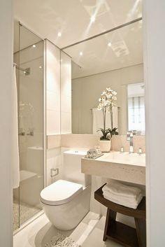 50 baños pequeños | 50 small bathrooms Más