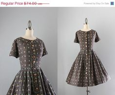 Storewide Sale 50s Dress / Vintage 1950s Day Dress / Full Skirt Floral Fifties Cotton Dress